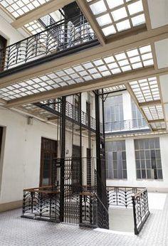 BUENOS AIRES ART DECO-Hall del Edificio de la calle Chacabuco, 78-Buenos Aires