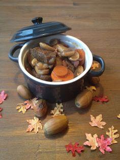 Dit herfstbok stoofpotje is heerlijke comfortfood. Malse runderlappen, gestoofd in bokbier, met champignons, wortel en ui. Serveer met aardappels of puree.