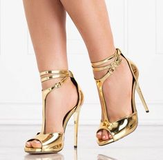 an LBD could go perfectly with these for a hot date Fancy Shoes, Gold Sandals, Silver Shoes, Crazy Shoes, Cute Shoes, Me Too Shoes, Edgy Shoes, T Strap Heels, Pumps Heels