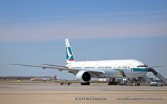 Cathay Pacific B-777-300ER