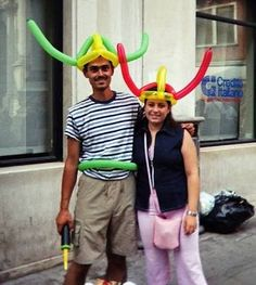 Balloon Twisting, Balloon Hats in Venice, Italy Balloon Movie, Balloon Face, The Balloon, Balloon Party, Clown Balloons, Animal Balloons, Balloon Sword, Viking Head, Ballon Animals