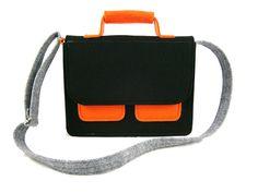 Messenger Handbag Felt purse Bag for women Black by Torebeczkowo