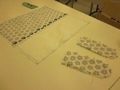Kaarisillan käsityö: 4-luokka, muovipussiautomaatti.