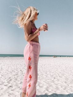 Preppy Outfits, Girl Outfits, Cute Outfits, Preppy Fashion, Summer Outfits, Tailgate Outfit, Fashion Boutique, Sweatpants, Womens Fashion