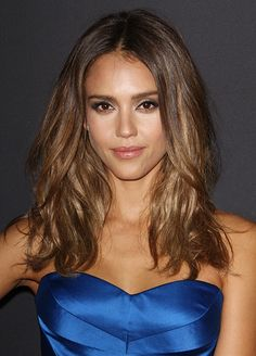 Jessica Alba just gave breastfeeding moms a very fashionable solution