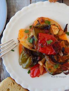 Food for thought: Μπριάμ Briam, Ratatouille, Food For Thought, Thai Red Curry, Vegan Recipes, Food And Drink, Vegetarian, Ethnic Recipes, Vegan Dinner Recipes