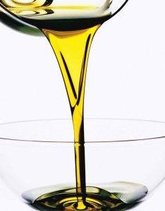 Olio extravergine di oliva biologico: le caratteristiche e come leggere l'etichetta