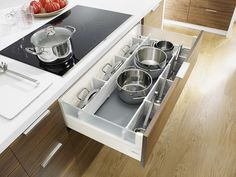 Pot and pan storage – white kitchen pan drawer dividers fit Blum Intivo drawers, and include pot lid storage plus everyday utensils. Kitchen Pans, Kitchen Drawers, Kitchen Cabinetry, New Kitchen, Kitchen Decor, Long Kitchen, 1950s Kitchen, Vintage Kitchen, Floors Kitchen