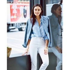 2016/07/14 20:18:00 jcrew @Tokyobike_nyc co-owner @julianarudell dresses up her white jean for a day at work with a button-up + linen blazer. See more of how she styles the Billie demi-boot crop jean + shop her look via the link in our bio.