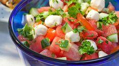 Mozzarella-melonisalaatti ja grillibroileri