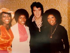 With Sylvia Shemwell, Estelle Brown and Myrna Smith of the Sweet Inspirations in Las Vegas February 23, 1973