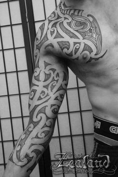 3/4 maori sleeve tattoo #zealandtattoo, #maoritattoo, #3/4sleeve