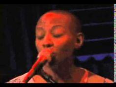 2004 10 13 Gail Ann Dorsey   Ziggy Stardust Live @ Joe's Pub in New York...