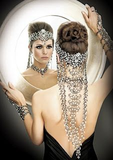 Elaborate Wedding Jewelry: Matha Patti, Earrings & Wristband