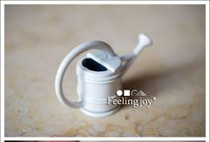 1/12 Scale Dollhouse Miniature Garden Watering Can Planter Replica