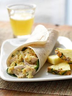 Turkey and Smoked Cheddar Breakfast Burrito Wraps