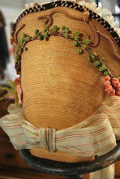 1860 original trims on fancy straw ladies spoon bonnet w/ribbons.