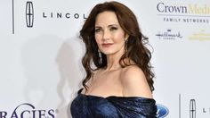 'Wonder Woman' Star Lynda Carter Inspired by Hillary Clinton for 'Supergirl' Presidential Role