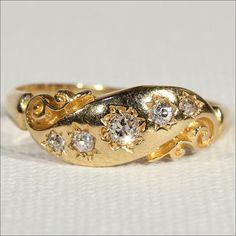 Antique Victorian 5 Stone Diamond Ring in 18k Gold, c. 1890