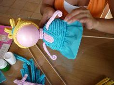 Ves lo versátil que puede ser el papel crepé/pinocho. No te  pierdas detalles en este #tutorial #DIY #Papel  --> http://losmarcianosllegaron.com/2014/06/una-canasta-para-princesas-decorada-con-papel-crepe/