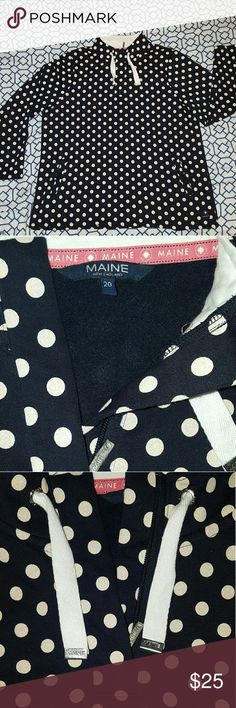 Navy Blue w White Polka Dots Pullover US 16/UK 20 Casual, comfy pullover with quarter zipper at neck. Two pockets in front, near waist, with large button closure. 83% cotton, 17% polyester. Good spring or fall jacket.   Impulse  buy that I've worn no more than ten times. I love it, but living in Texas I didn't have much use for it.   Bought online from UK department store Debenhams. Brand is Maine New England. See last picture for sizing questions. Maine  Tops Sweatshirts & Hoodies