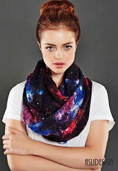 Nebulosa espacio galaxia infinito bufanda bufanda de lazo, círculo de la bufanda, primavera - otoño de moda de invierno - verano-  Es una…