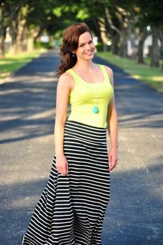 See how to style a maxi skirt for winter in this article.