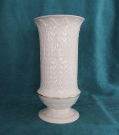 Heritage-Collection-Autumn-Leaf-Vase-by-Lenox-Mint