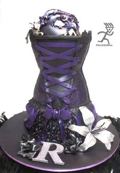 Burlesque All edible Corset, Violet airbrushed fondant covered with edible lace & sugarveil Gothic Wedding Cake, Gothic Cake, Corset Cake, Dress Cake, Diva Birthday Cakes, 30th Birthday, Burlesque Cake, Edible Lace, Just Cakes
