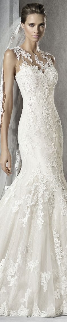 PRONOVIAS PLADIA WEDDING DRESS