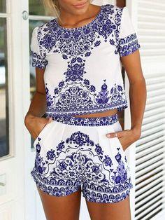 Top+Crop+Floral+con+Shorts-blanco+y+azul+19.46