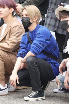 Jisoo Seventeen, Joshua Seventeen, Joshua Hong, Joshua 1, Wonwoo, Jeonghan, Hong Jisoo, Korean American, Stage Outfits