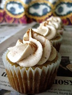 Banana Cupcakes with Cinnamon Cream Cheese Buttercream - Your Cup of Cake I can't speak to the frosting, but these banana cupcakes are awesome!