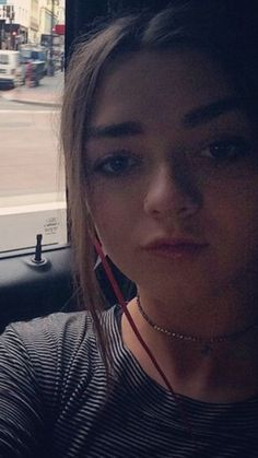 The North Remembers, Slim Shady, Maisie Williams, Sophie Turner, Famous People, Celebs, Selfie, Movie, Writing