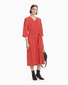 The Mailla dress is made of a firm viscose blend jersey. The dress has a V-neck, loose sleeves that are dropped at the shoulder and comes with a narrow detachable belt. Coat Dress, Shirt Dress, Normal Body, Marimekko, Long Toes, Red S, My Size, Body Measurements, Body Shapes