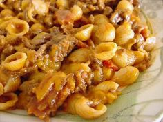 Bacon Cheeseburger Pasta Recipe Main Dishes with condensed tomato soup, shredded cheddar cheese, pasta, ground beef, bacon Easy Pasta Recipes, Beef Recipes, Cooking Recipes, Healthy Recipes, Healthy Food, All You Need Is, Broccoli Bacon Recipe, Cheeseburger Pasta