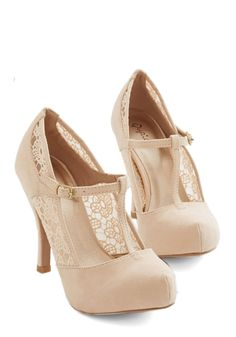Gander at Glamour Heel in Ivory. Take one lovely look at these ivory heels and you're sure to fall in love!