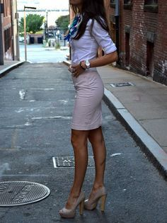 work outfit with white button-up, pale pink skirt and blue optical scarf with nude pumps