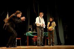 sabato 22 ottobre al Teatro della Società  Dario Vergassola e David Riondino hanno dato vita a una lettura ironica e non convenzionale dei Promessi Sposi