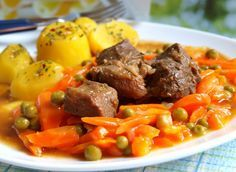 Pork cubes with carot and potatoes Czech Recipes, Ethnic Recipes, Slovakian Food, Pot Roast, Pork, Food And Drink, Menu, Potatoes, Cooking Recipes