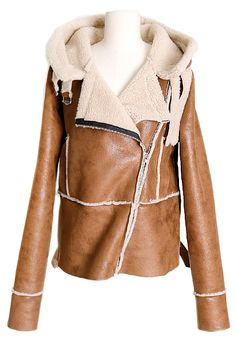 Mustang Fur Jacket | Fall & Winter | Dolly & Molly | www.dollymolly.com | #trend #brown #beige #be #fur #2013fashion #dollymolly #dailypick #vogue #posh #celebrities #hollywood