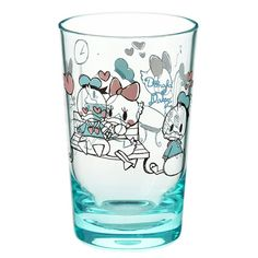 Introducing Disney's Donald & Daisy Duck illustration cup. Fashion, merchandise, toys, stationary and many other types of goods available. Also great for ordering presents and gifts online. Disney Home, Disney S, Duck Illustration, Donald And Daisy Duck, Online Gifts, Graffiti, Kitchenware, Disney Characters, Products