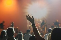 Fundraising events are a multi-step process. Yield a high return and plan your next fundraiser with the ultimate event checklist! Worship Leader, Worship Songs, Worship God, Cover Songs, Groundhog Day, Night Club, Night Life, Imagenes Free, Donald Trump