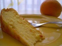 Bolo de claras com laranja