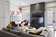 Open concept & + A colourful and airy space with oversized sectional, a mix of textures and floral decals to add a pop of life! Eclectic Design, Contemporary Interior Design, Toronto, Bright Pillows, Family Room Design, Kitchen Cabinetry, Beautiful Family, Comfortable Fashion, Interiores Design