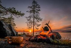 Camping at North Karelia, North Karelia, Finland. Photo: Asko a receipt Camping Car, Camping With Kids, Camping Life, Lappland, Belleza Natural, Outdoor Life, Helsinki, Adventure Travel, Natural Beauty
