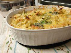 Cook~Love~Craft: Cheesy Chicken and Broccoli Pasta Bake