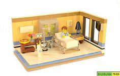Little lego hospital room. Lego Hospital, Hospital Room, Hospital Table, Lego Bed, Easy Lego Creations, Lego Furniture, Lego Pictures, Lego Craft, Hospital Design