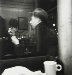 Saul Leiter, Coffee Shop, New York City, c. Saul Leiter, Coffee Shop New York, Pittsburgh, New York City, Fine Art Photography Galleries, New York School, Light Year, Erwin Olaf, Street Photography