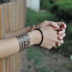 Henna Style Bracelet Temporary Tattoo